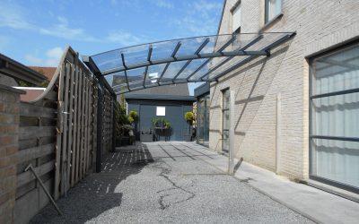 AC systems Carport met glasheldere dakbedekking