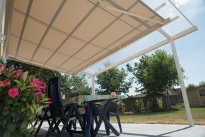 AC systems terrasoverkapping met zonneluifel