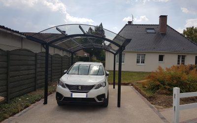 Vrijstaande carport met glasheldere dakbedekking AC systems