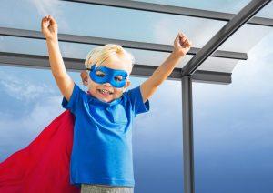 Kleine held met terrasoverkapping